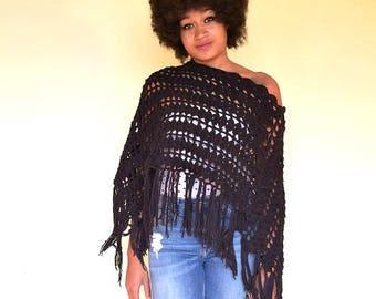 70s vintage crochet poncho, black