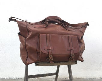 80s Large Duffle Overnight Weekender Distressed Brown Leather Buckled Tote Travel Bag