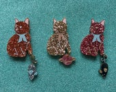 Mini Kitty Brooch with Dangle - Choose A Colour