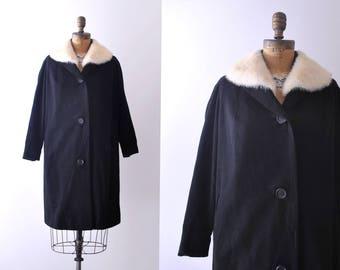 60's Black Wool Swing Coat. 1960 mink collar coat. Black & white. fur. m.