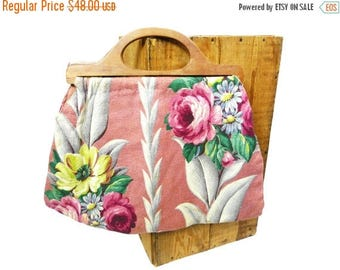 Summer Sale 1940s to 1950s Floral BarkCloth Knitting Bag