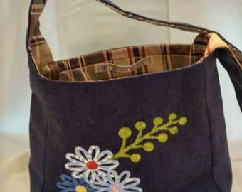 Handmade Shoulder bag/Appliqued/Navy