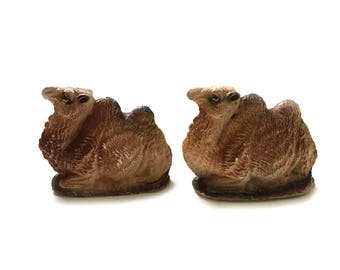 Pair Nativity Resting Chalkware Camels