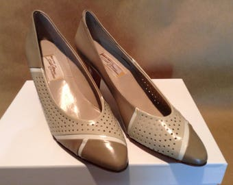 Vintage Sesto Meucci Taupe and Tan Heels, Sz 8 N