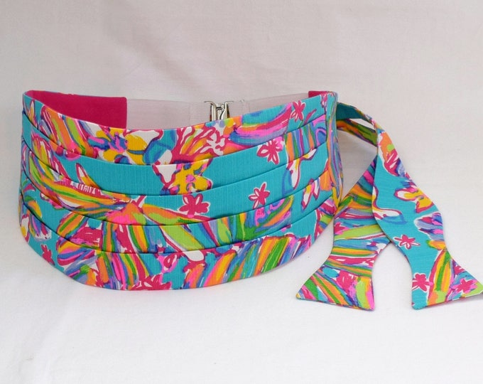 Cummerbund & Bow Tie, turquoise multi Summer Haze Lilly print, groom formal wear, wedding party wear, tux accessory, custom made cummerbund