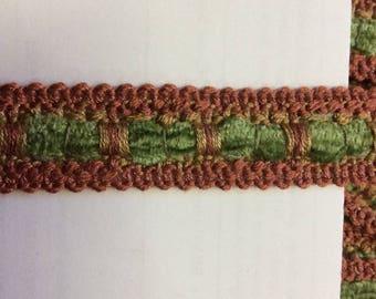 SALE 5.5 yard piece brick and green item #A10