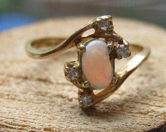 Vintage Yellow Gold 10K Women's Opal Ring with small Diamonds Size 6 1/2 Ladies Old Fashion Ring
