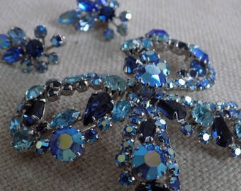 Vintage Sherman Canada blue crystal bow brooch and clip-on earrings, demi-parure,collectible Sherman jewelry set