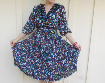 Vintage 1980s AMORTI by SUSAN FREIS pleated floral midi dress, size Small