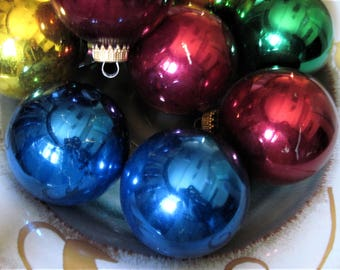 Vintage Ornaments, Christmas Balls, Christmas Decor, Ball Ornaments, Tree Ornaments, Holiday Ornaments, Colorful Ornaments, Christmas, Balls