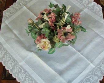 Lovely Vtg Linen Tea Cloth  Wide Crochet Trim
