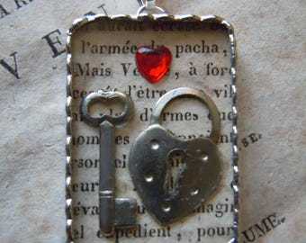 """Fiona & The Fig - Shadowbox """"Key To My Heart"""" Charm - Soldered Charm - Necklace - Pendant-Jewelry"""