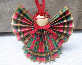 Red Plaid Paper Ribbon Angel / Christmas Ornament / Red Green Gold Plaid Angel / Teacher Gift / Gift for Angel Lover / U-Pick Trim