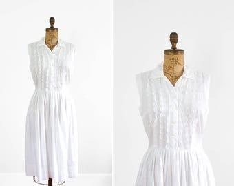 1950s Dress - 50s Dress - White Sleeveless Shirt Waist Dress With Lace Bodice