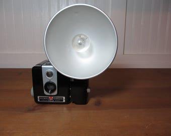 Vintage Kodak Brownie Hawkeye Camera with Flash & Bulb
