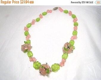 SALE 50s Flower Necklace VINTAGE Plastic Pink 3D flowers Green Leaves  Retro Boho
