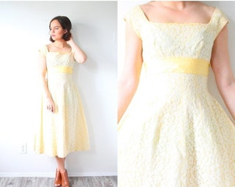 20% OFF JULY 4th SALE Vintage 1950's 1960's yellow lace dress // summer yellow lace dress // modest dress spring dress // empire waist // ma