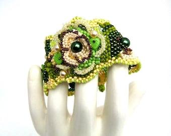 Green jewelry, Green bracelet for women, Unique gift for her, Beaded bracelet, Handmade cuff Seed bead bracelet Summer fashion