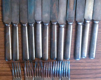 Rogers Bros 1847 Warranted 16 DWT Flatware