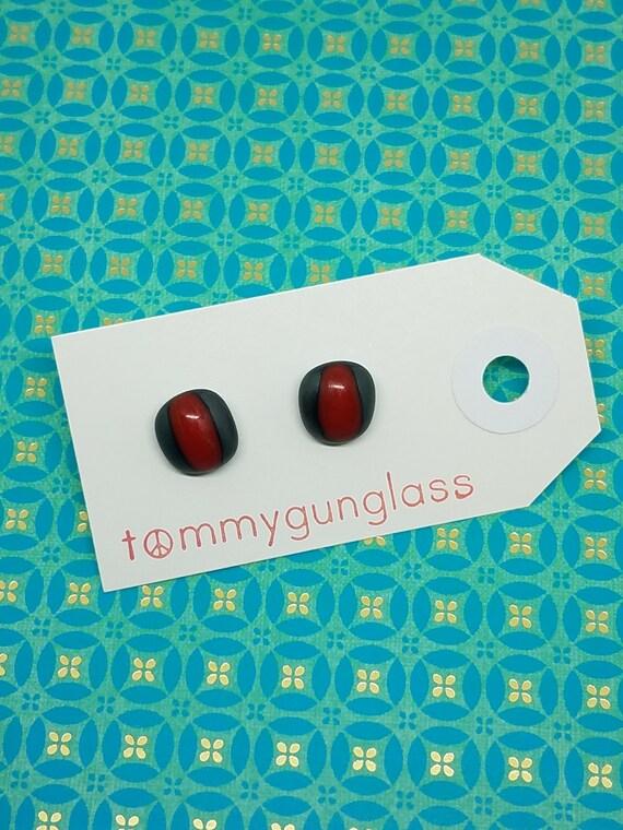Steel Pimento Glass Stud Earrings