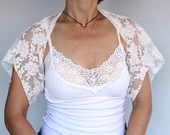 Cream Lace Bridal Bolero, Wedding Dress Coverup, Bridal Shrug, Shabby Chic Jacket Top, Shoulder Cover, Romantic Lace Cape Accessory