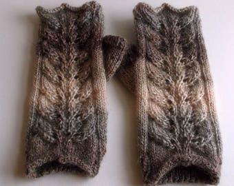 Hand knitted adult women or teen wristwarmers / fingerless gloves. Brown and cream. Wool and acrylic