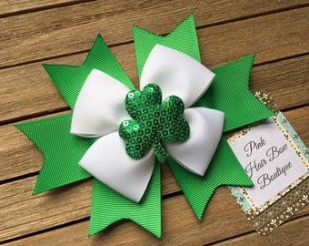 St. Patrick's day hair bow - clover bow - shamrock clover boutique hair bow - St. Patrick's day hair clip - clover hair bow - green hair bow