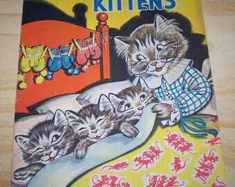"""Vintage 1938 Merrill Publishing Co, """"Three Little Kittens"""" Linen Like Children's Book"""