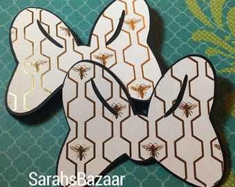 1 Count Bee Hive Bow