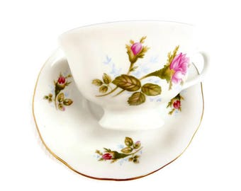 Vintage tea cup and saucer english style teacup High tea vintage porcelain vintage rose teacup floral cup and saucer vintage tea party