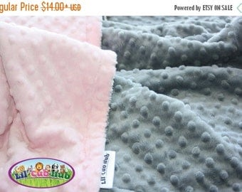 25% Off Adult Minky Blanket, Personalized Throw Blanket - Pink Dot/Grey Dot (Can Be PERSONALIZED)