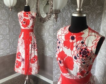 Vintage 1960's 70's Red, Blue and White Floral Dress Medium
