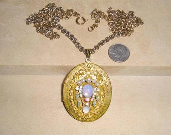 Vintage Rhinestone And Faux Pearl Locket Necklace With Glass Opal Cabochons 1960's Jewelry 11109
