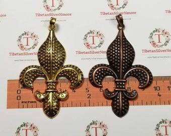 2 pcs per pack 70x45mm Large Fleur De Lis Pendant Antique Copper or Gold Finish Lead Free Pewter