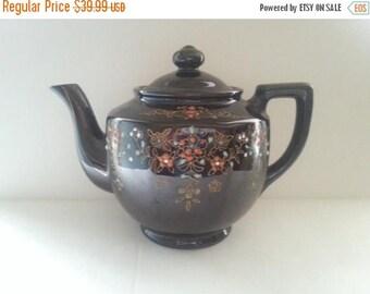 Now On Sale 1940's Tea Pot, Vintage Kitchen Home Decor, Mid Century Modern, Relcro Rookingham, Hand Painted, Made In Japan, Ceramic Tea Pot