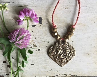 Badria Necklace. Bronze Amulet. Heart Necklace. Yoga Jewelry. Braided Linen Necklace. Gifts for Yogi. Heart Amulet. Textile Jewelry.
