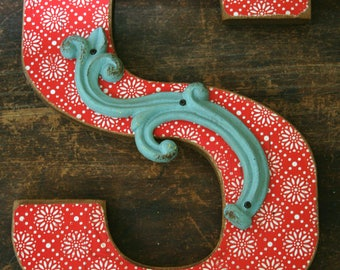 """Decorative Letter """"S"""" ready for hanging"""