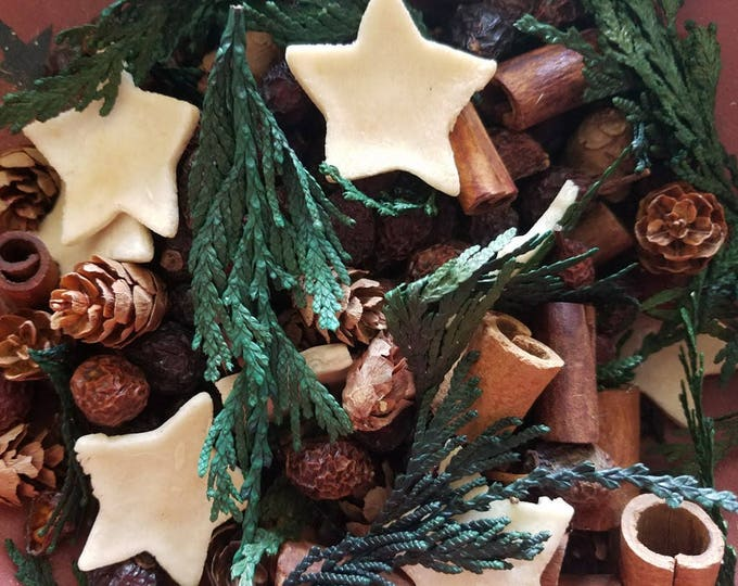 Featured listing image: Cinnamon Spice (Christmas Cravings)  Potpourri  -  primitive bowl fillers ~  with refresher oil