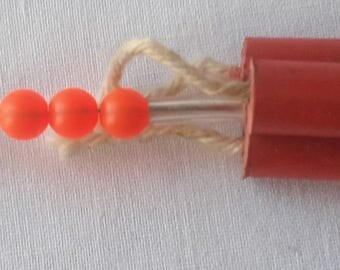 Dynamite Sticks humorous fishing lure Fake explosive novelty bait for tackle box or fisherman spinner gag gift