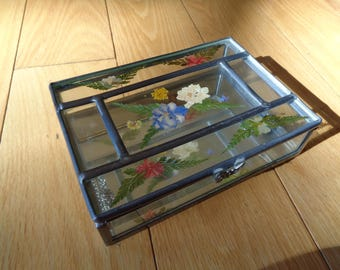 Vintage Hand Welded Clear Glass Jewelry Trinket Box with dried flowers inside the glass panes and a mirror bottom base in Great Condition