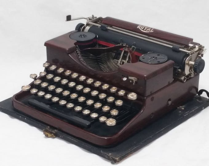Featured listing image: 1929 ROYAL Portable Typewriter and Case, Brown Wood Grain Finish, Gull Wings - TYPES PERFECTLY - Super Clean