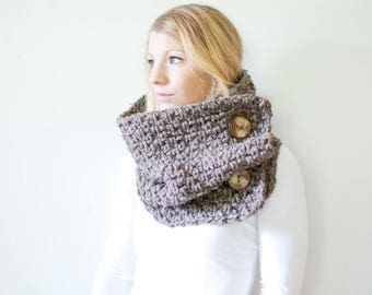 FLASH SALE the PISGAH button - chunky crochet button scarf cowl - barley - wool blend