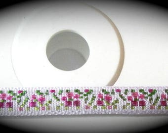 Woven Ribbon - 7mm x 10 yards , 100% Rayon, White Pink and Green Floral - Made in Switzerland