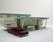 Mid Century Trailer Park Living. Early 1960 Plasticville Turquoise House Trailer with Sun Canopy, Chairs and Table. Propane Tanks. HO Scale.