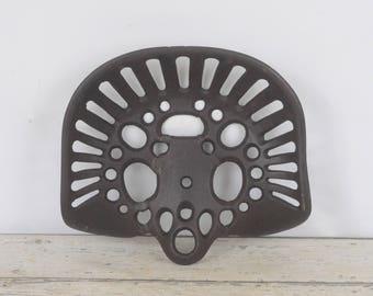 Antique Cast Iron Tractor Seat Farm Tool Implement Unique Pattern Bar Stool #2