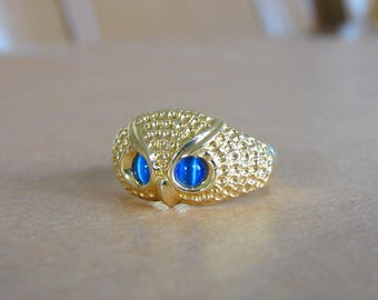 14K Gold blue cat's  eyes Owl Ring