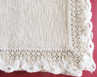 German Vintage Rustic Beige Woven Tablecloth with Woven Lace, Instant Rustic Bavarian Folk Art Home Decor