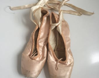 Freed of london vintage pointe ballet shoes