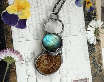 Labradorite Necklace,Labradorite Pendant,Ammonite Fossil,Ammonite Necklace,Prehistoric Relic,Bohemian,Ammonite Pendant Necklace,Shell Boho
