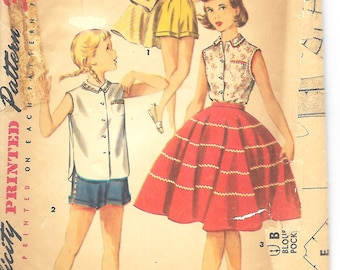 Simplicity 1146 Girls Sleeeless Blouse, Circle Skirt And Shorts Sewing Pattern, Size 8, 1950's
